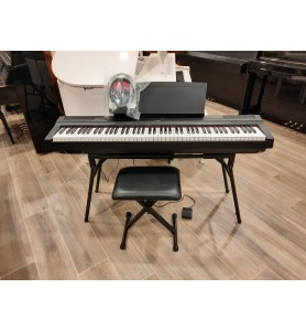 Photo Yamaha P-125 pack complet
